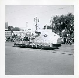 Winnipeg's 75th Anniversary parade - Fairfields float