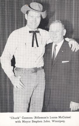 """Chuck"" Connors (Rifleman's Lucas McCaine) with Mayor Stephen Juba, Winnipeg"