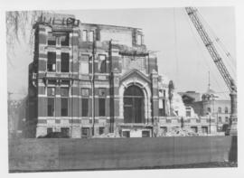 Demolition of Winnipeg City Hall, Half the building down