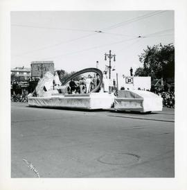 Winnipeg's 75th Anniversary parade - float with giant ring