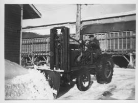 253, Tractor, cleaning City Yards - 1949