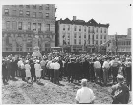 Crowd gathered for Groundbreaking Ceremony at site of old City Hall