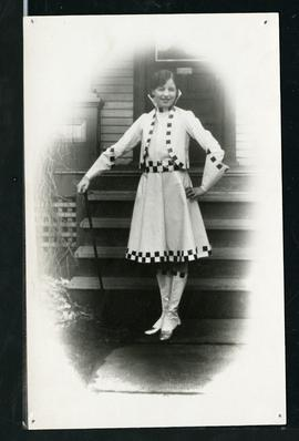 Student of Alice Weir in the Little Review