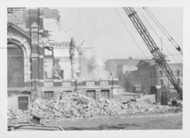 Demolition of Winnipeg City Hall, Debris around building falling from wrecking ball