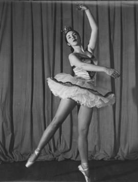 Dale Clark, member of the Winnipeg Ballet in the production Arabesque, performed at Playhouse Theatre