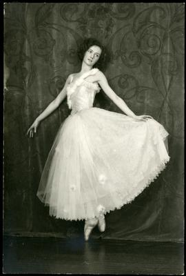 Gertrude Ryall in costume