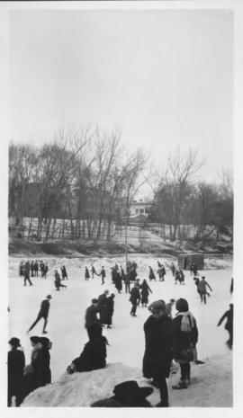 Kennedy Street skating rink, Winnipeg - 1918