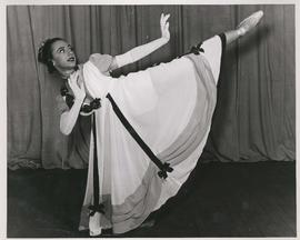 Lillian Lewis, dancer - Winnipeg Ballet