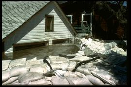 1997 flood - Rue Campeau - houses