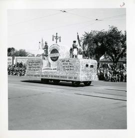 Winnipeg's 75th Anniversary parade - International Typographical Union float