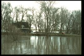1997 flood - Turnbull Drive - house