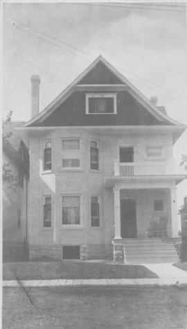 Exterior of home, 146 Spence Street